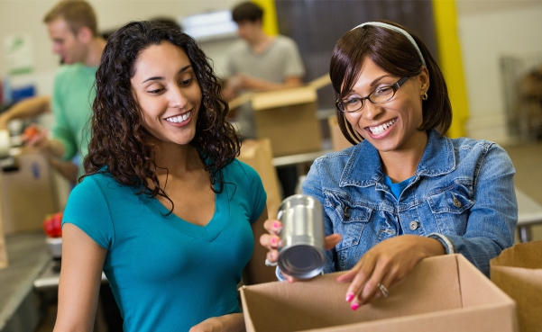 female students at food pantry